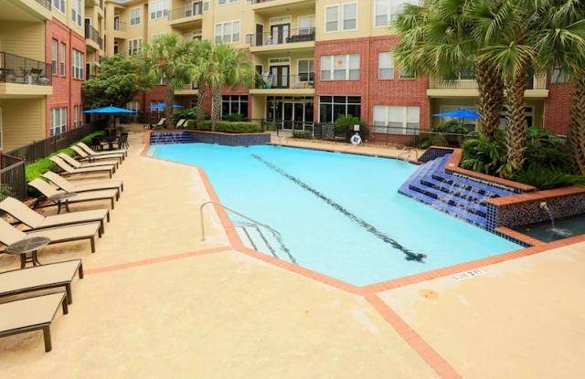 Century Galleria Lofts Apartment Houston