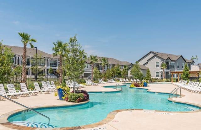 Century Travesia Apartment Austin