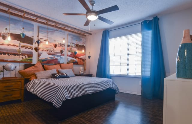 Chandelier Apartment Austin
