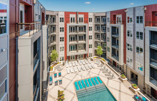 Circa Uptown Apartment Charlotte