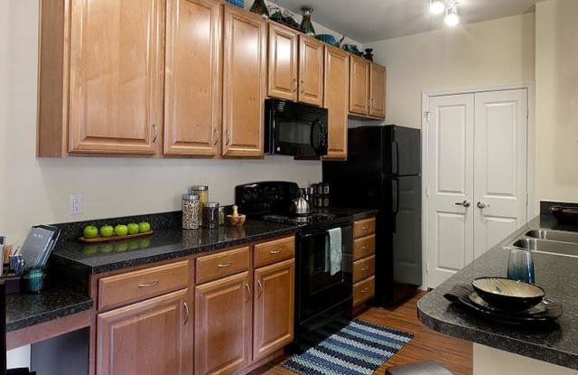 Colonial Grand at Double Creek Apartment Austin