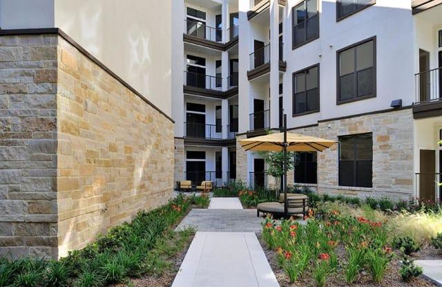 District 28 Apartment Houston