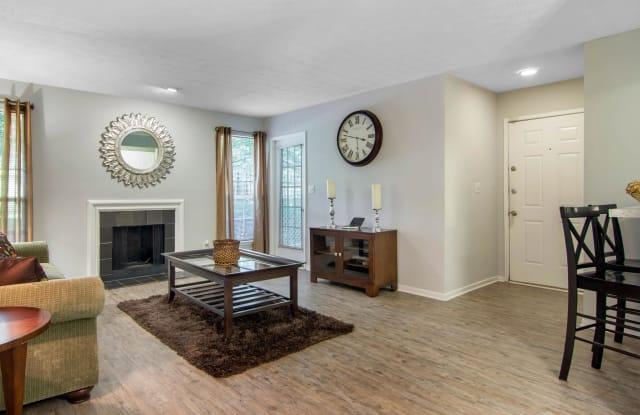 Dunwoody Village Apartment Homes Apartment Atlanta