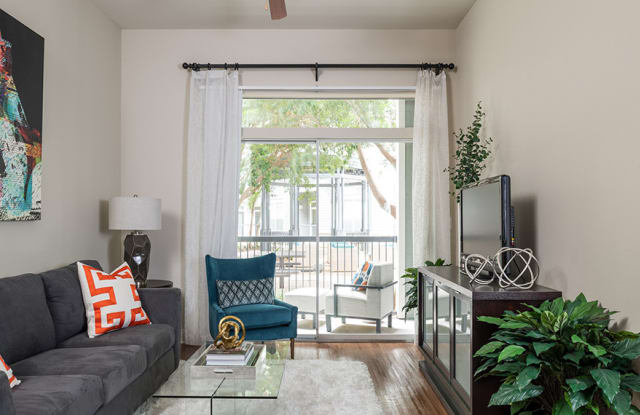 Equinox Apartment Houston