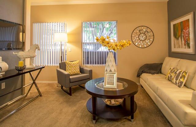 Estates On Maryland Apartment Phoenix