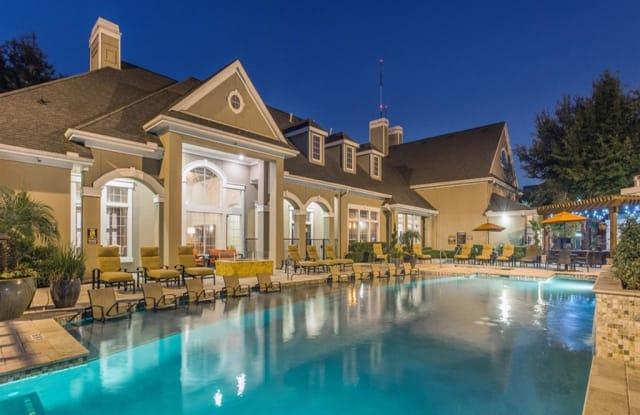 Estates at Bellaire Apartment Houston