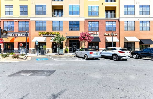 Flats at Perimeter Place Apartment Atlanta