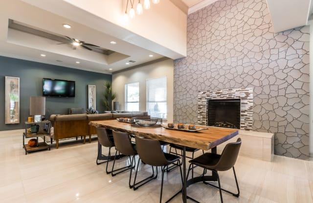 Fox Hill Apartment Austin
