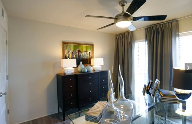Greenhouse Flats Apartment Dallas