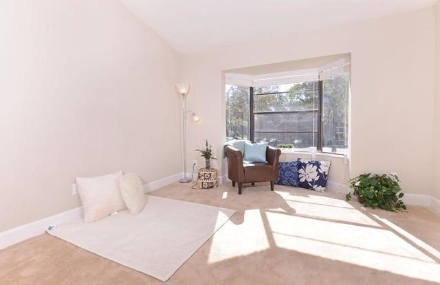 Grove at Deerwood Apartment Jacksonville