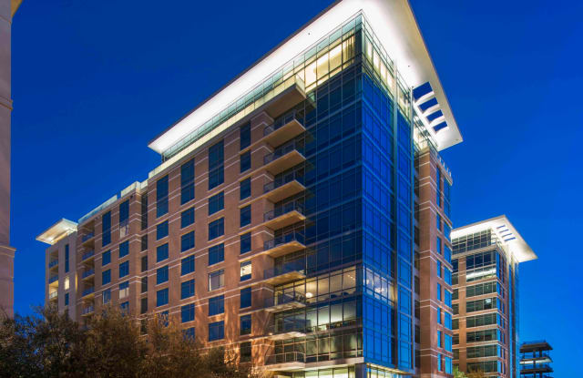 Hanover Southampton Apartment Houston