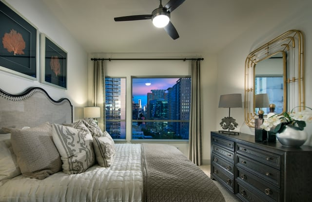 Hanover West Peachtree Apartment Atlanta