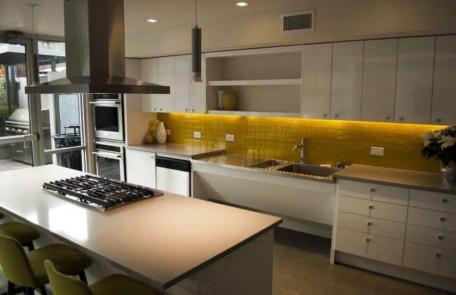 Janus Apartment Seattle