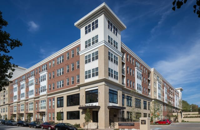 Jefferson Square at Washington Hill Apartment Baltimore