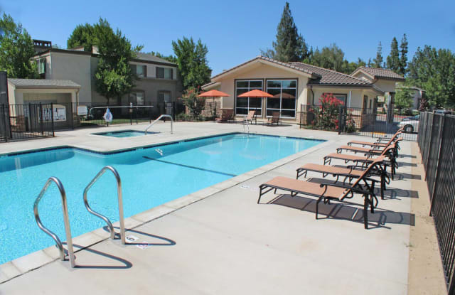 La Provence Apartment Sacramento