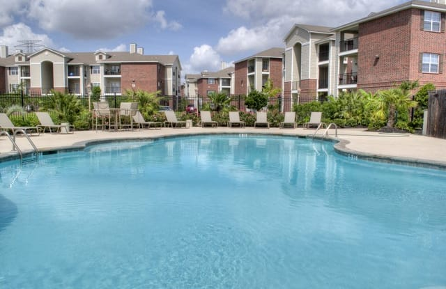 Landmark Cypress Falls Apartment Houston