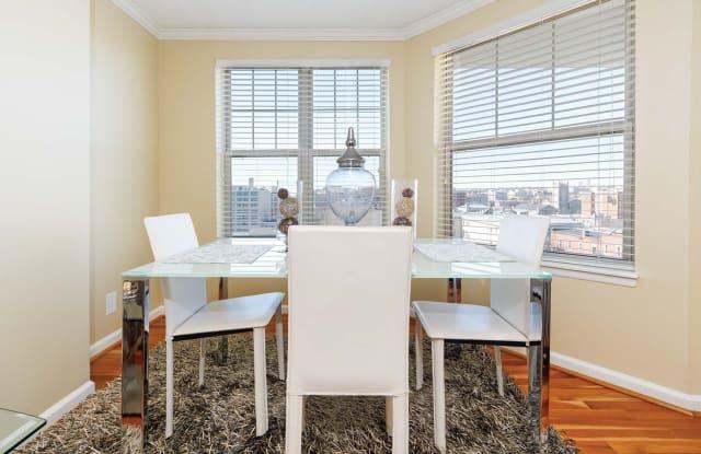 Latrobe Apartments Apartment Washington