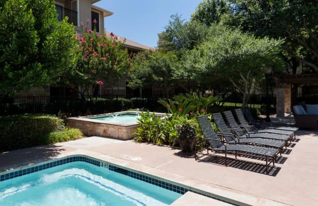 Legends Lake Creek Apartment Austin