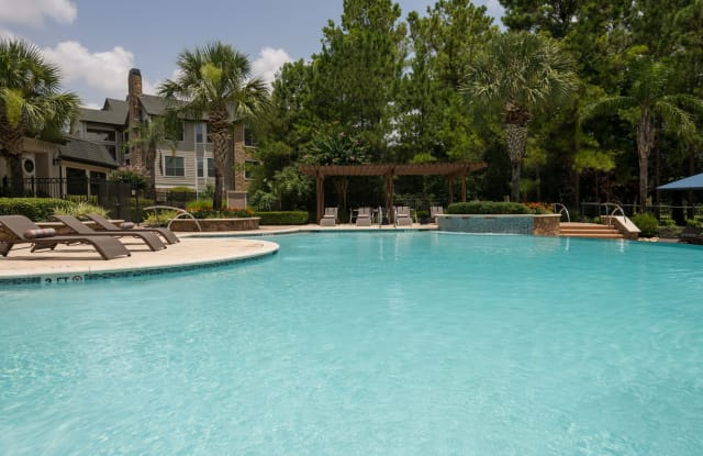 Lighthouse at Willowbrook Apartment Houston
