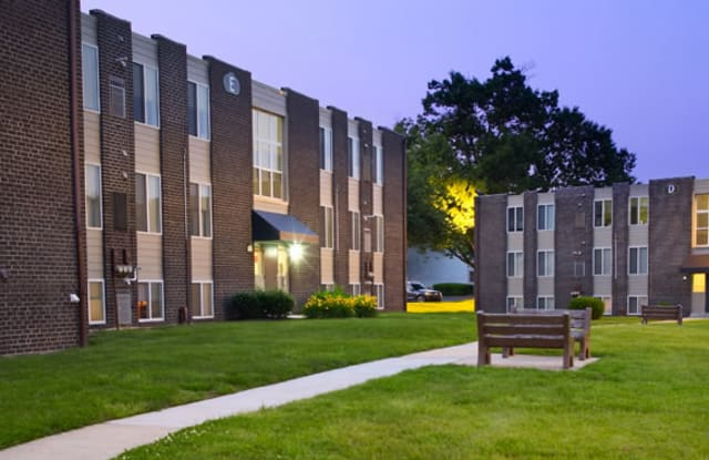 Lion's Gate Apartment Philadelphia
