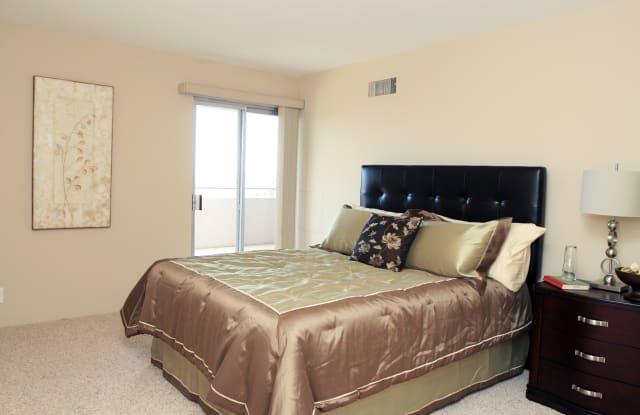 Liongate Apartment Denver
