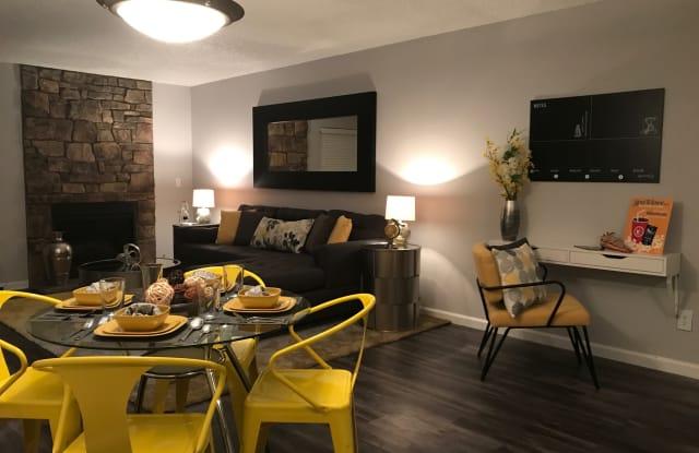 Loretto Heights Apartment Denver