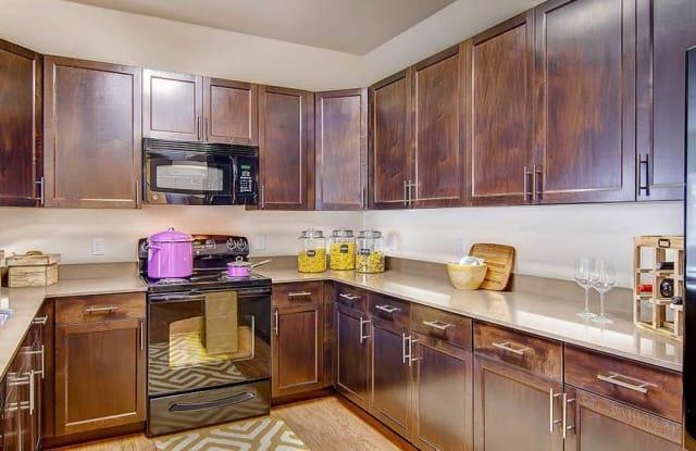 M2 Apartment Denver