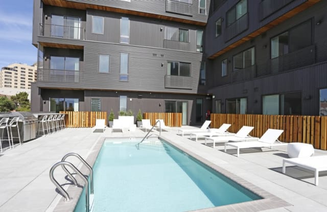 MOTO Apartments Apartment Denver