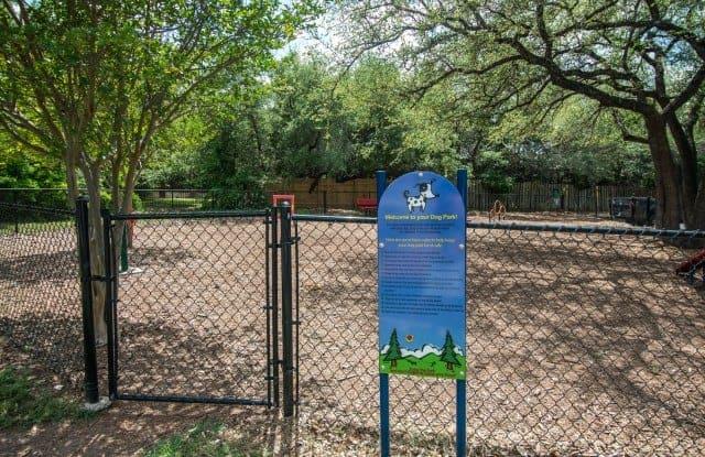 Madison at the Arboretum Apartment Austin