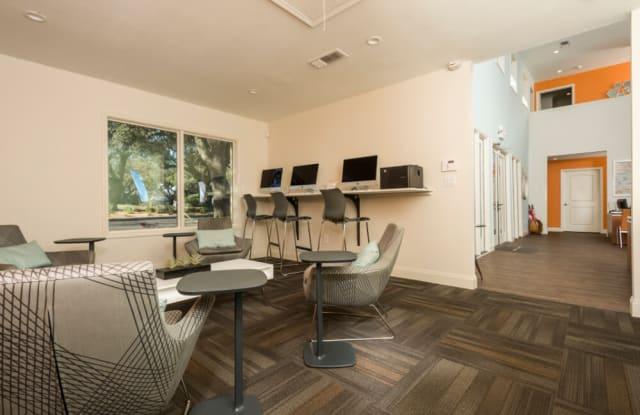 Maxwell Townhomes Apartment San Antonio