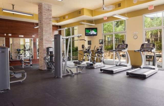 Midtown Commons at Crestview Station Apartment Austin