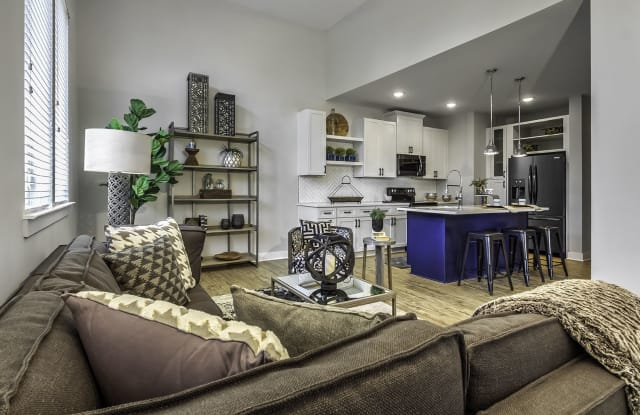 Midwood Station Apartment Charlotte