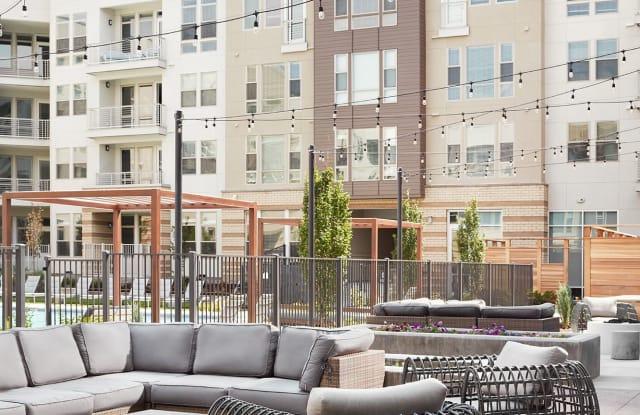 Mint Town Center Apartment Denver