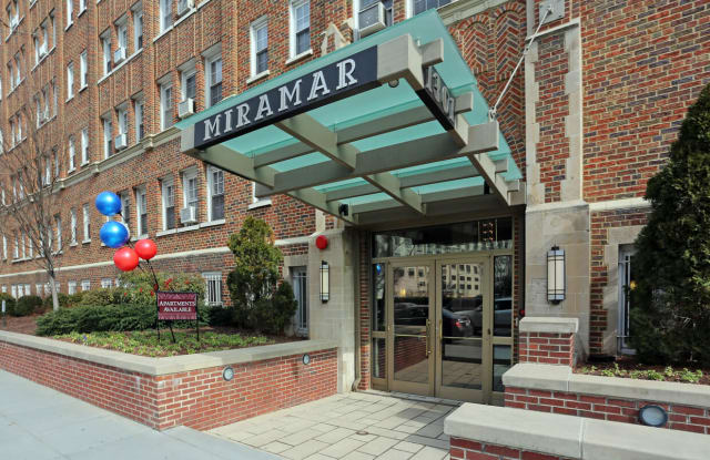 Miramar Apartments Apartment Washington