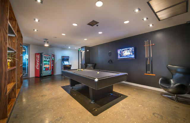 Mosaic Luxury Highrise Apartment Dallas