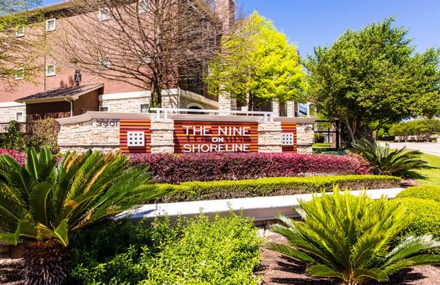Nine on Shoreline Apartment Austin