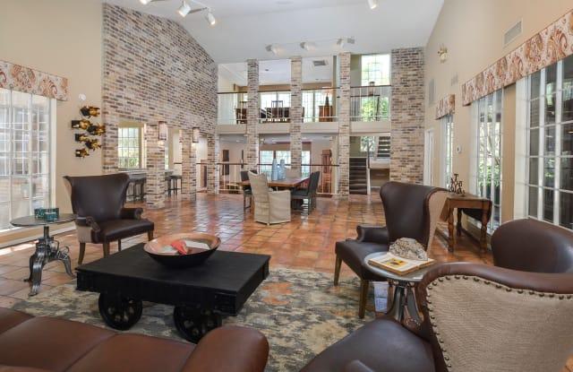 Oak Springs Apartment San Antonio
