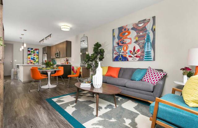 Outlook DTC Apartment Denver