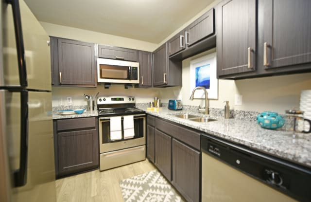 Overton Brentwood Apartment Nashville