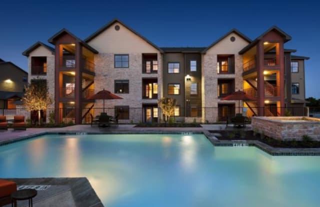 Oxford at Tech Ridge Apartment Austin