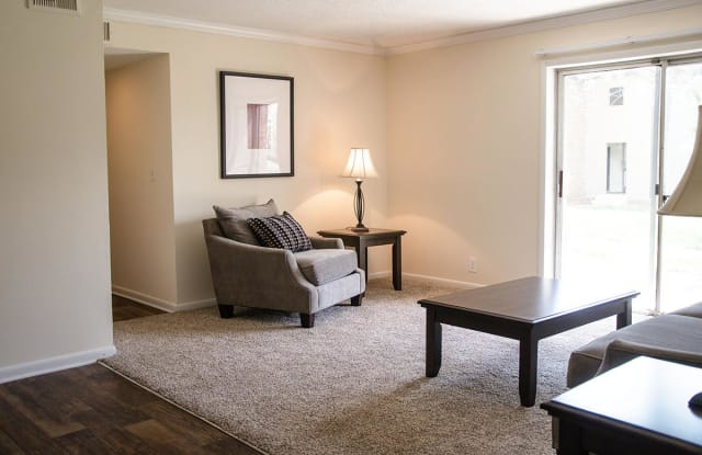 Park West at Hillwood Apartment Nashville