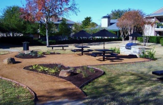 Parks at Walnut Apartment Dallas