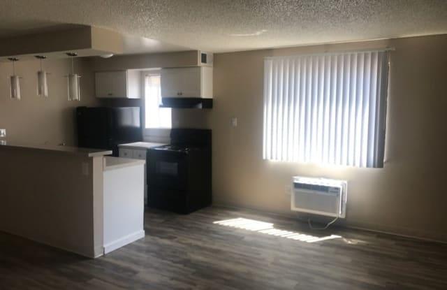 Parkwood Plaza Apartment Denver