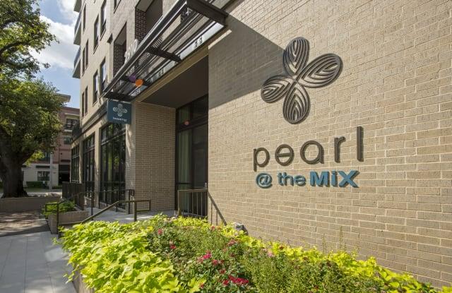 Pearl @ the Mix Apartment Houston