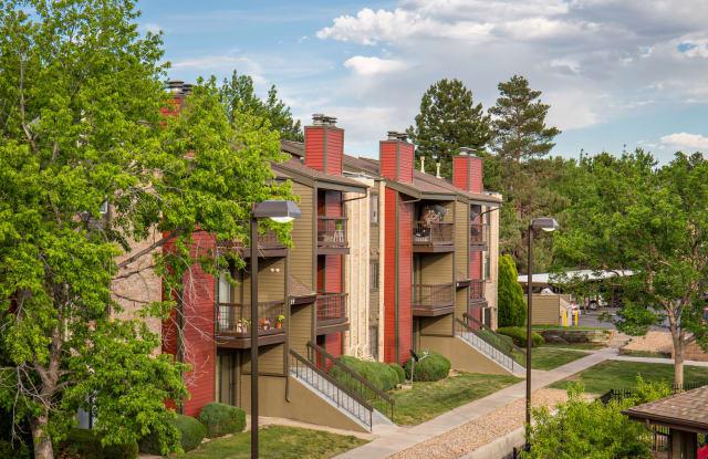 Pembrooke on the Green Apartment Denver