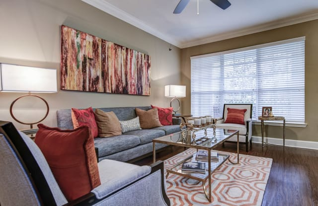 Phipps Place Apartment Atlanta