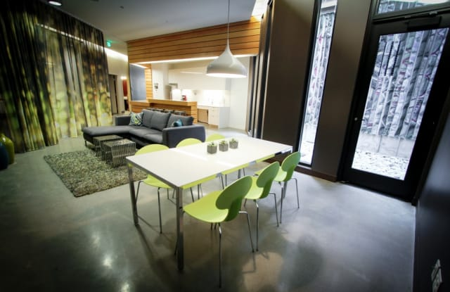 Pine & Minor Apartment Seattle