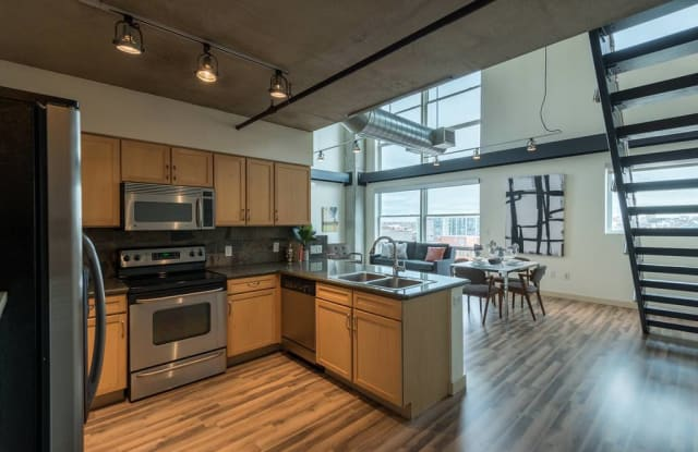Premier Lofts Apartment Denver