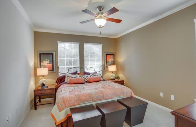 Raveneaux Apartment Houston