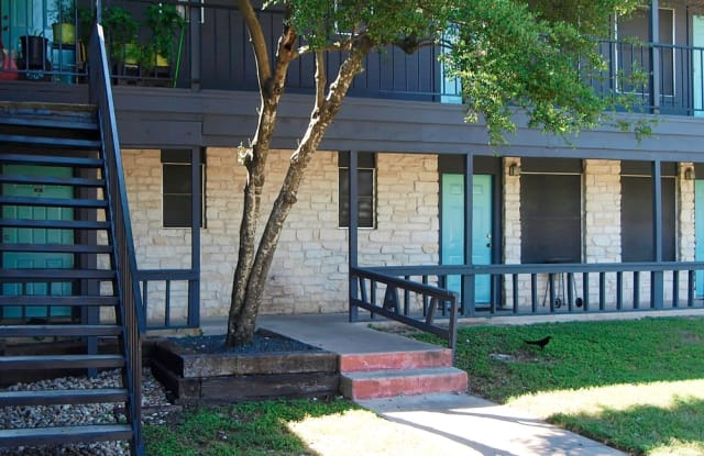 Redondo Flats Apartment Austin